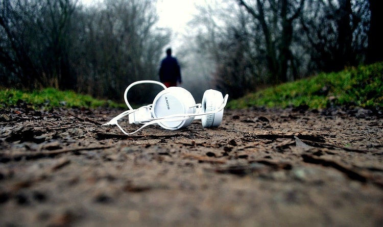 How To Choose The Right Headphones